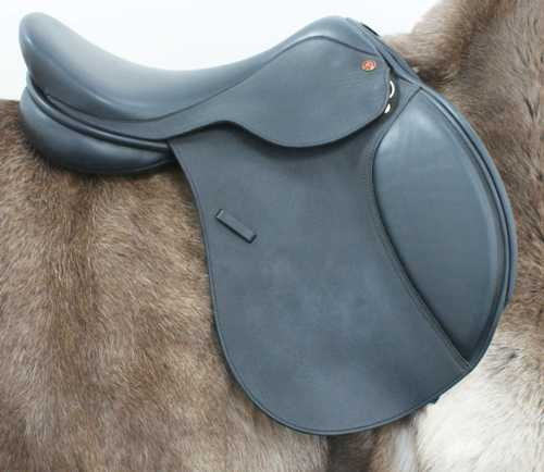 Comfor Four Star Jumping Saddle