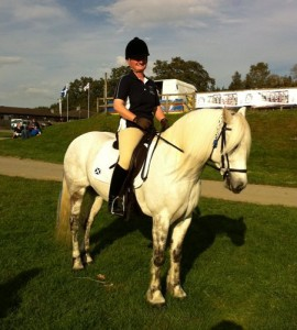 The saddle is also suitable for Endurance, in fact Scottish Team member Marjorie Grant used to use her saddle for Endurance before she purchased her Evolution, Here she is at the Home Internationals in Wales 2011.