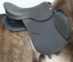 The ReactorPanel Foxhunter Jumping Saddle