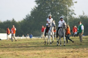 British Endurance Team members, Christine Yeoman & Catriona Moon, using Elite Bridles, Rope & Knotted Reins and their Breastplate & Martingale sets at the World Endurance Championship 2012